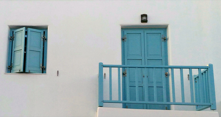 Kythnos house colours